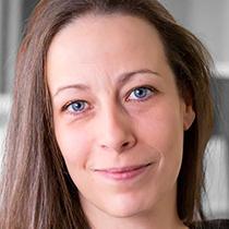 Portrait of Valérie English, PhDc, Therapist